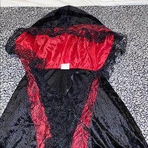 Women's Hooded Cape Halloween Costume
